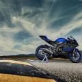 Мотоциклет Yamaha YZF-R6 - най-ново поколение R-серия дизайн