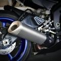 Мотоциклет Yamaha YZF-R6 - елегантна, магнезиева, CF задна подрама плюс прецизно, регулируемо задно окачване
