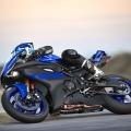 Мотоциклет Yamaha YZF-R6 - чудовищно ускорение, максимална скорост, лекота на управлението