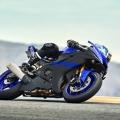Мотоциклет Yamaha YZF-R6 - човек и машина в пълен синхрон
