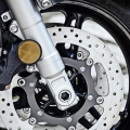 Мотоциклет Yamaha FJR1300A 2019 - двоен хидравличен 320 мм диск плюс ABS