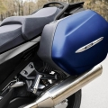 Мотоциклет Yamaha FJR1300AE - куфарите са включени в стандартното оборудване на модела