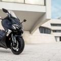 Скутер Yamaha TMAX 2019 Midnight Black - по-стилен, по-динамичен и по-функционален от всякога