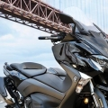 Скутер Yamaha TMAX 2019 - динамичен и спортен, без компромис в стила и комфорта