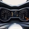 Скутер Yamaha X-MAX 400 2019 - мултифункционално табло в тон с цялостния стил