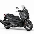 Скутер Yamaha X-MAX 400 2019 - с тракшън контрол и мотоциклетен тип предница