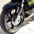 Скутер Yamaha Aerox 4 2019 - хидравличната телескопична вилка работи безупречно