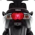 Скутер Yamaha YN50FU NEOS 4 2019 - прибрана, елегантна задна част и светлини