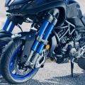 Мотоциклет Yamaha NIKEN - двойна обърната вилка и независимо окачване за всяко от предните колела