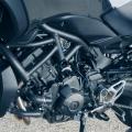 Мотоциклет Yamaha NIKEN - с D-MODE, Traction Control, A&S съединител, круиз контрол, Quick Shifter система