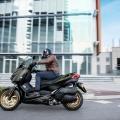 Yamaha XMAX 300 Tech Max - модерни технологии плюс нови екстри