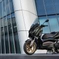 Yamaha XMAX 300 Tech Max - икономичен, комфортен и лек за управление